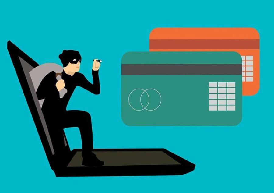 Devět let vězení za provoz e-shopu sukradenými údaji zkreditních karet
